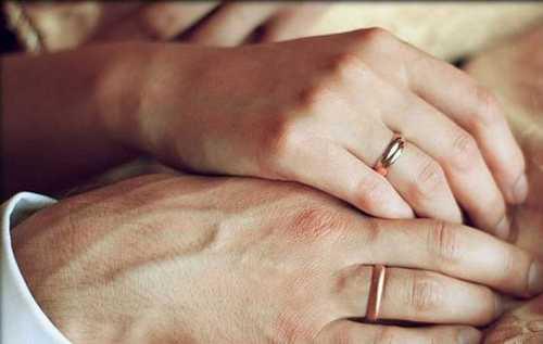 сатья дас: женщина не должна стремиться выскочить замуж